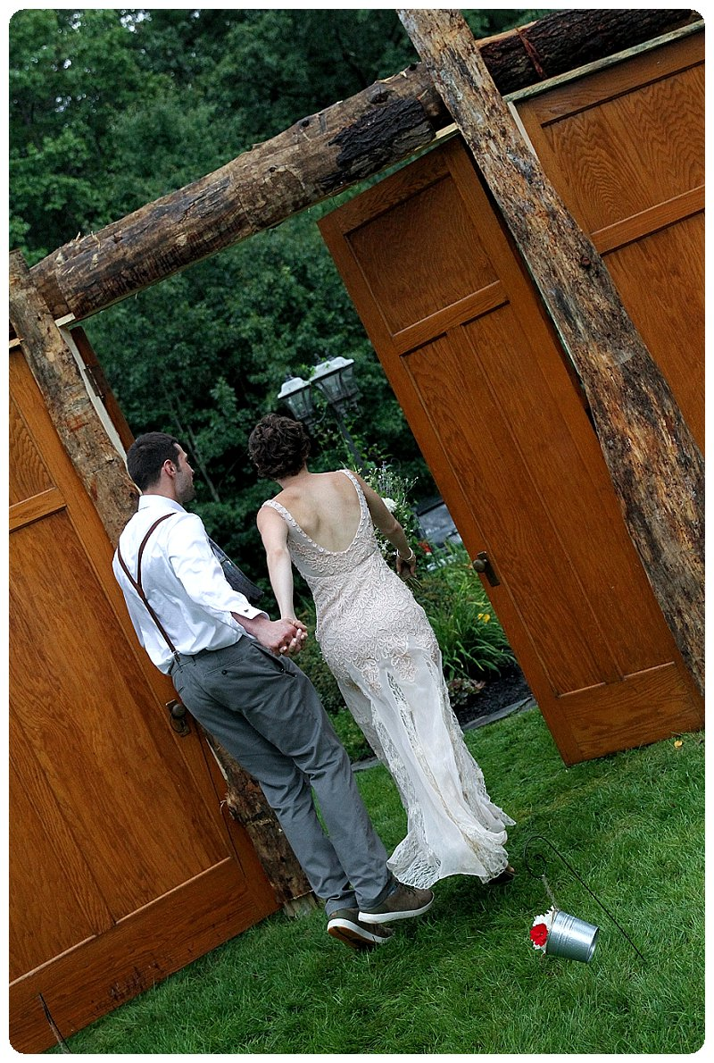 rustic wedding ceremony upstate ny