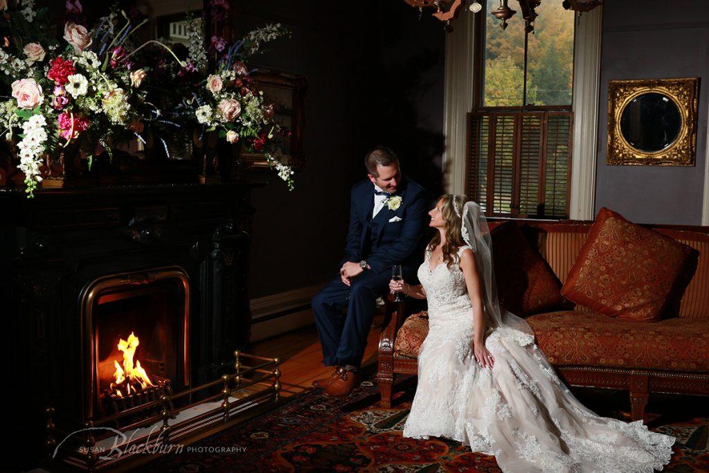 Fall Wedding Photo Mansion Saratoga