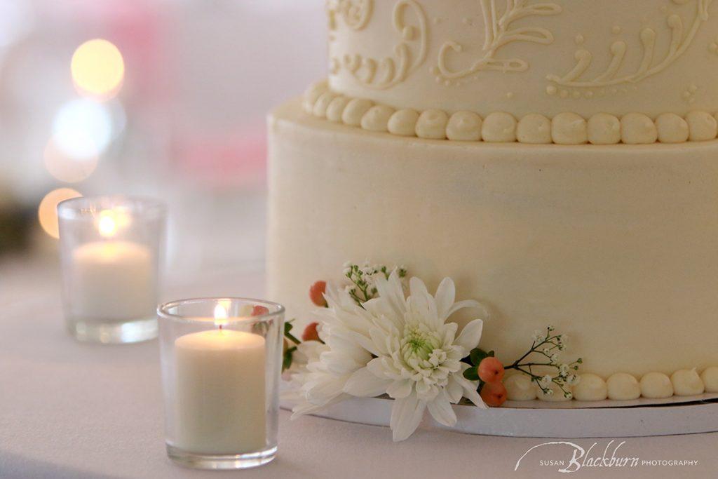 Longfellows Saratoga NY Wedding Cake Photo