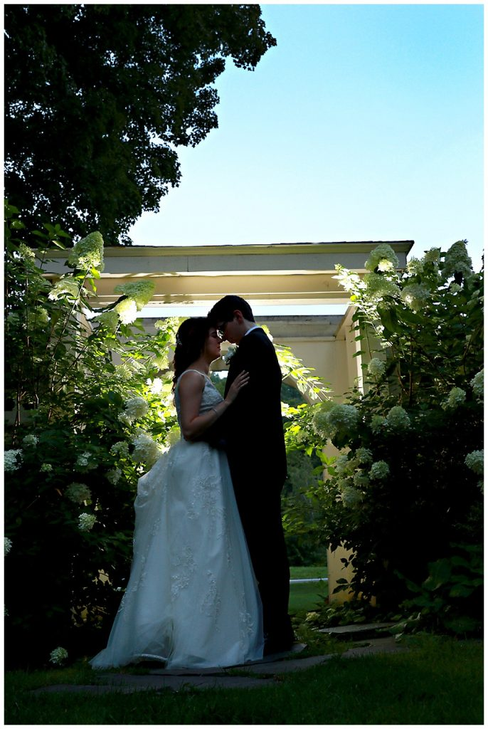 Mansion Midweek Wedding Photo
