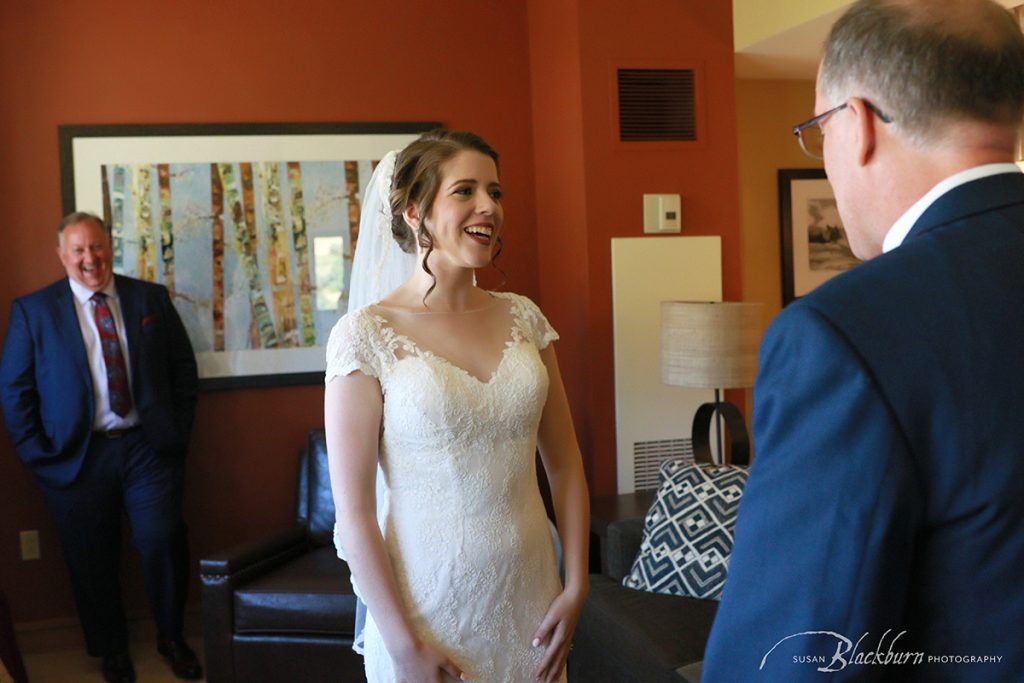 Bride and Dad first look photo