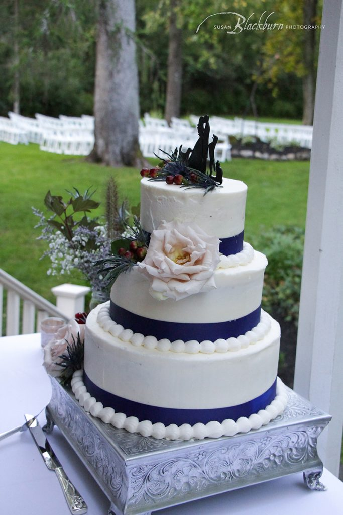 Pantone Classic Blue Wedding Cake