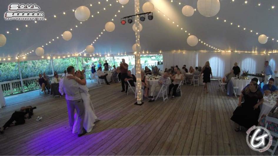 Wedding Photos Behind the Scenes